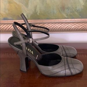 Gorgeous PRADA heels Very good condition